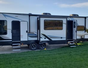 Keystone RV Carbon 36