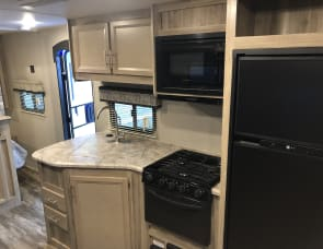 Coachmen RV Catalina Trail Blazer 26TH