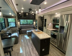 Jayco North Point 377RLBH