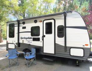 Keystone RV Summerland Mini 1750RD