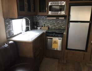 Forest River RV Wildwood 25RKS