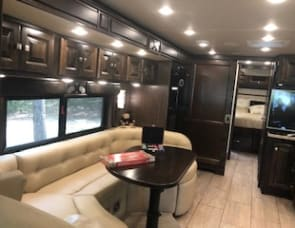 Tiffin Motorhomes Allegro Breeze 32 BR