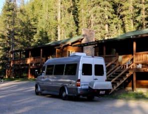 21-24 MPG!! Sprinter RV Elk Automotive Motorhome (Mercedes/Dodge) Free access to MN State Parks! By Mercedes Benz
