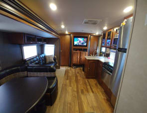 Forest River RV Vibe 322QBSS