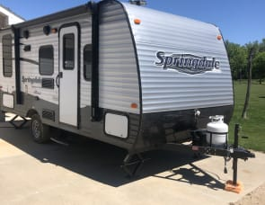 Keystone RV Summerland 1750RD