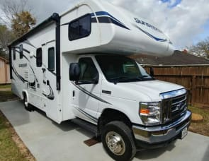 Forest River RV Sunseeker 2420MS Ford