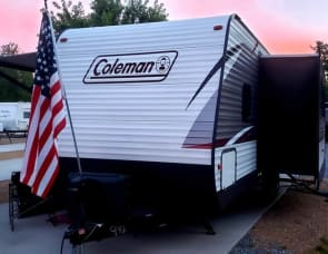Dutchmen RV Coleman Lantern Series 262BH