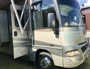 Winnebago Adventurer WPG35A