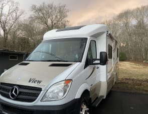 Winnebago View Profile 24G
