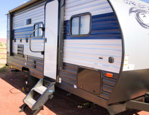 Forest River RV Cherokee Wolf Pup 18TO