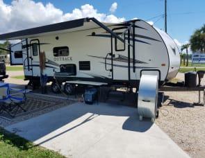 Keystone RV Outback Ultra Lite 250URS