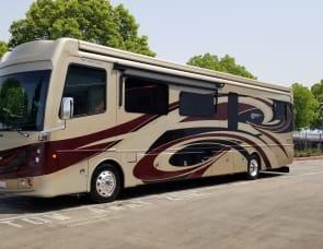 Fleetwood RV Discovery LXE 40X
