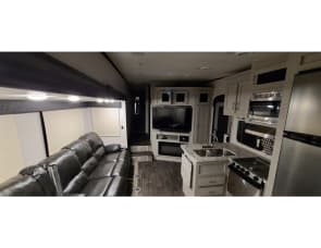 Coachmen RV Chaparral X-Lite 295X