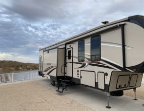 Forest River RV Sandpiper 383RBLOK