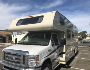 Coachmen RV Leprechaun 210QB Ford 350