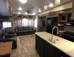 Coachmen RV Chaparral 390QSMB