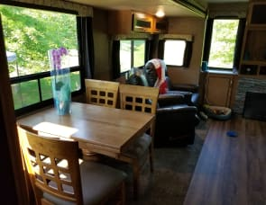 Coachmen RV Catalina Legacy 333RETS