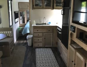 Coachmen RV Freedom Express Ultra Lite 287BHDS