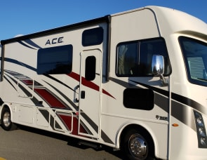 Thor Motor Coach ACE 30.4