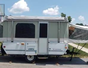 Fleetwood camper