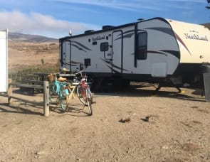 Northland Travel Trailers Bunkhouse