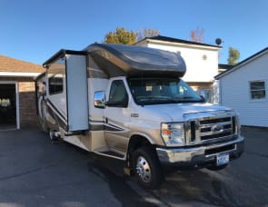 Winnebago Aspect 30C