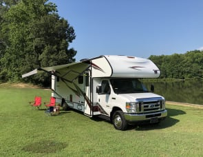 Winnebago Outlook 31N