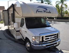 NEW Thor Four Winds 30D Bunkhouse