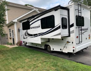 Forest River RV Sunseeker MBS 2400W