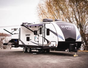 CrossRoads RV Sunset Trail Super Lite SS289QB