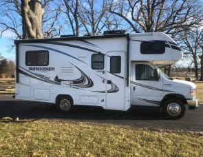 Forest River RV Sunseeker 2290S Ford