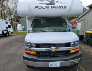 Thor Motor Coach Four Winds 22E Chevy