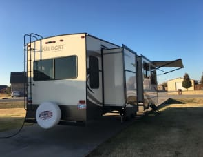 Forest River RV Wildcat 375MC
