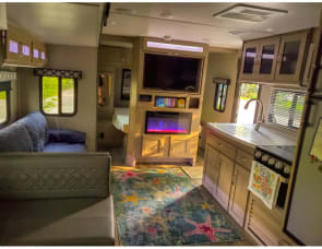 Coachmen RV Freedom Express Ultra Lite 292BHDS