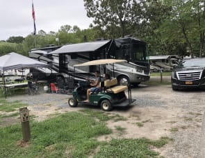 Forest River RV Georgetown XL 352QSF