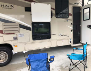 Coachmen RV Leprechaun 319MB Ford 450