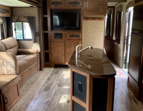 RV Rental Fresno, CA, Motorhome & Camper Rentals in CA