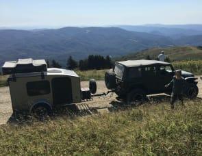 Hiker Camper Deluxe