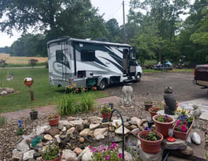 Winnebago View Profile 24V