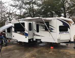 Keystone RV Raptor 30FS
