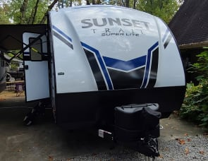 CrossRoads RV Sunset Trail Super Lite SF272BH