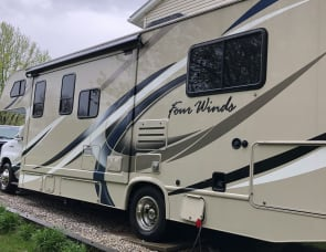 Thor Motor Coach Four Winds 28Z