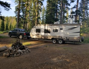 Forest River RV Wildwood X-Lite 241QBXL