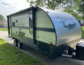Forest River RV Cherokee Grey Wolf 19RR
