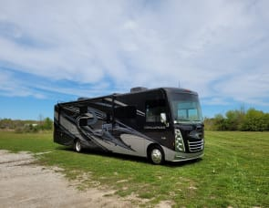 Thor Motor Coach Challenger 37DS