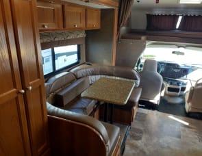 Coachmen RV Leprechaun 220QB Ford 350