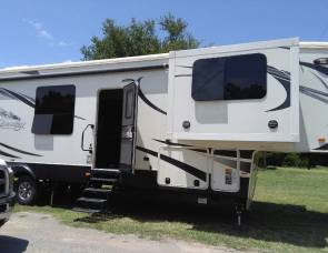2016 Heartland Big country 3800fl