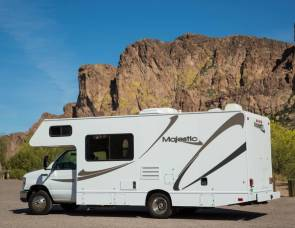 2011 THOR MAJESTIC 23a