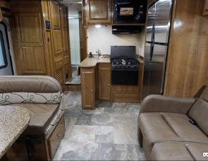 2017 Easy-To-Drive Luxury RV - Coachmen 260DS