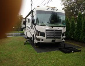 2015 Forest River Fr3 31 foot. Handicapped RV, has entryway lift,, loveseat and the passenger captain's chair!